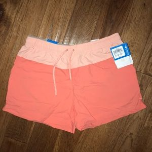 NWT Columbia salmon color shorts